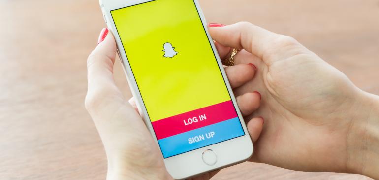 Snapchat ya tiene Etiquetas 3D