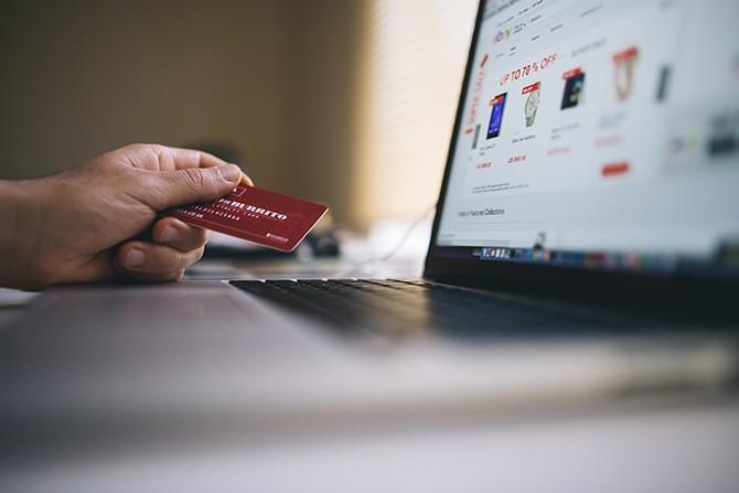 El Mundo Digital en las Ventas, todos los negocios que quieran permanecer y crecer deberían desarrollar una presencia relevante en Internet